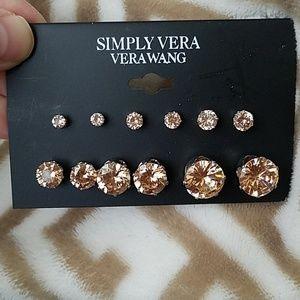 Simply Vera Wang earring set